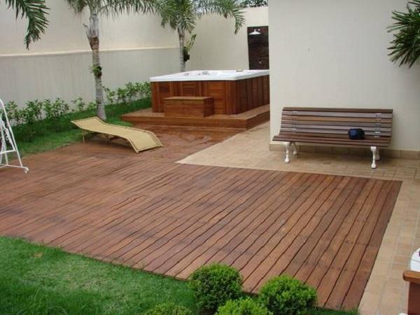 Deck de Madeira para Jardins