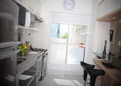Fotos de cozinhas planejadas para apartamentos pequenos