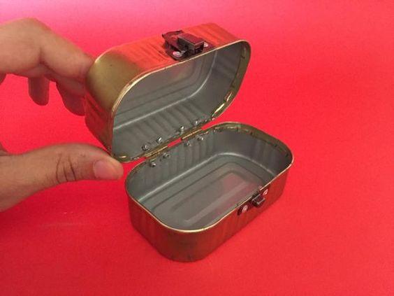 Reciclagem latas atum sardinha 2