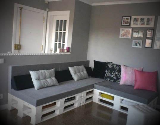 Sofá de pallets na decoração