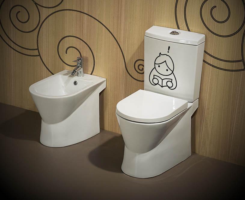 adseivos no banheiro
