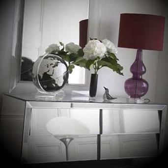 aparador com espelho foto