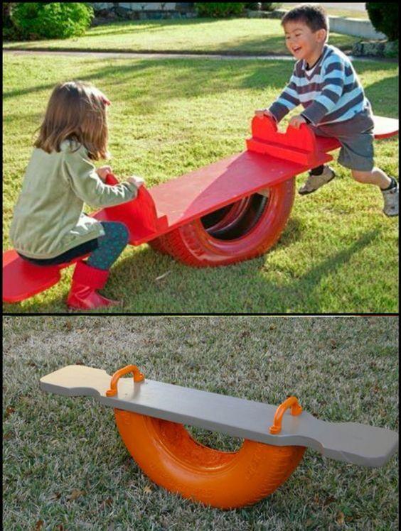 area de brincadeira para as criancas com material reciclado 3