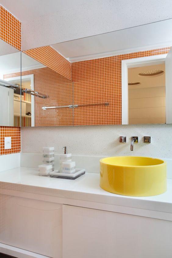 banheiro cuba colorida amarelo