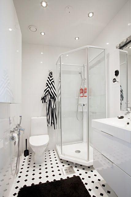banheiro preto branco azulejo