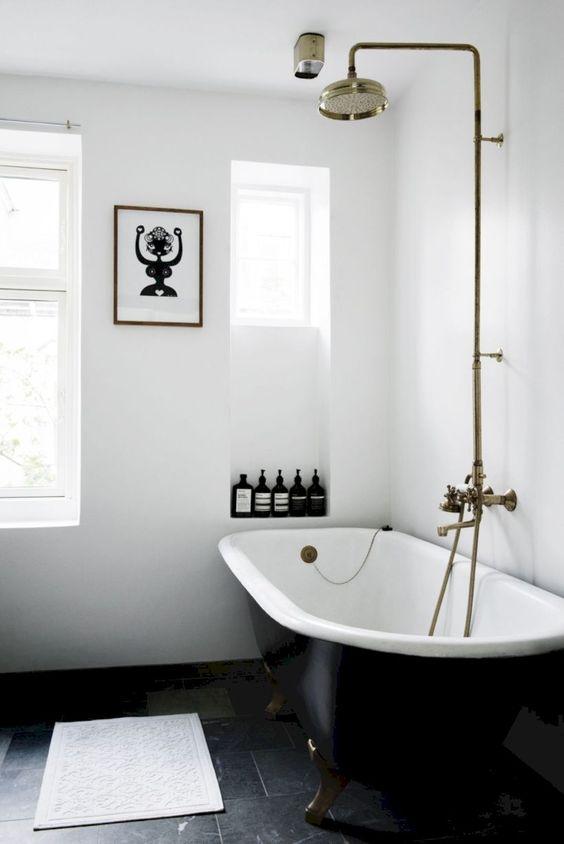 banheiro preto branco moderno