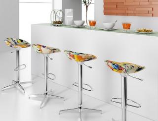 banquetas cozinha colorida