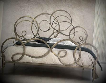 cama com ferro