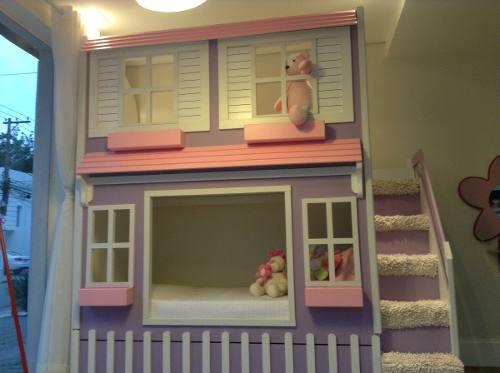 cama infantil com escada