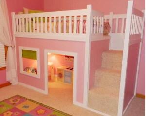 cama menina com escada