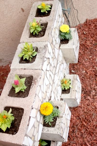 canteiros feitos partir blocos Cimento 2