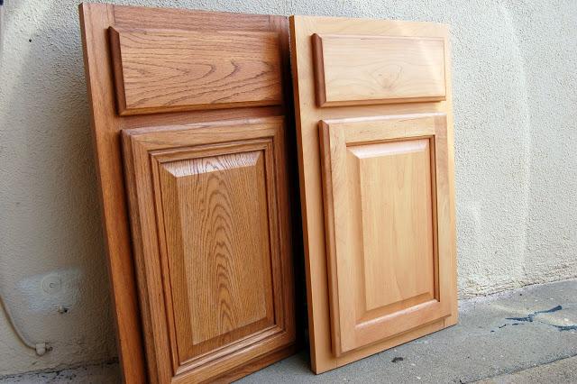 como fazer mesa para crianca com porta de armario 1