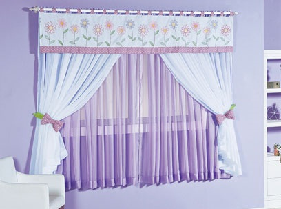 cortina lilás bebe