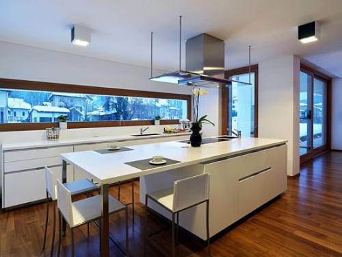 cozinha com ilha decorada