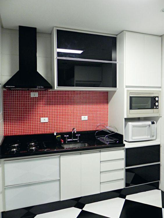 cozinha planejada apartamento preta branca