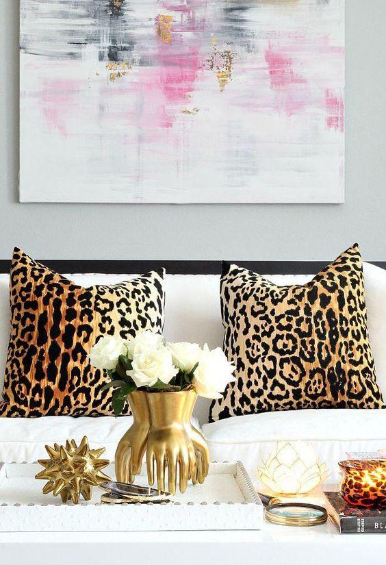 decoracao animal print sala almofada