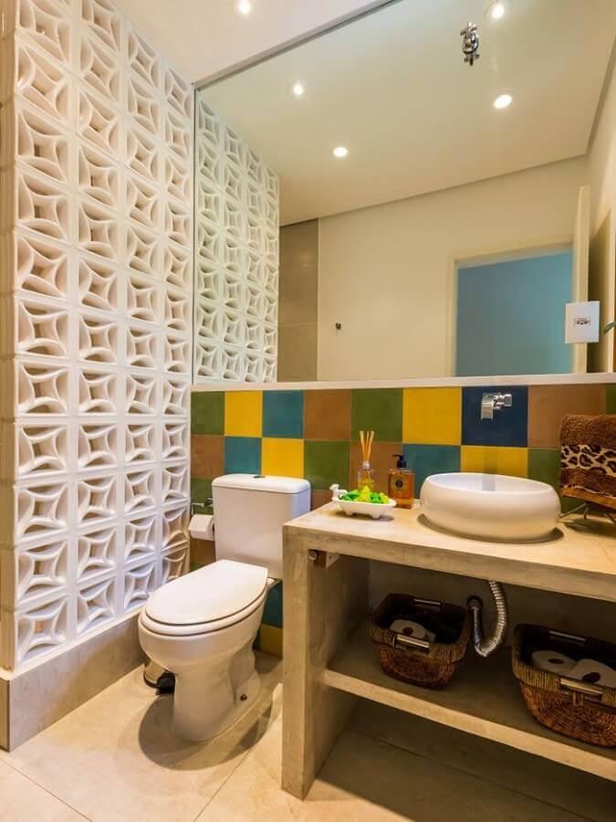 decoracao cobogo banheiro simples