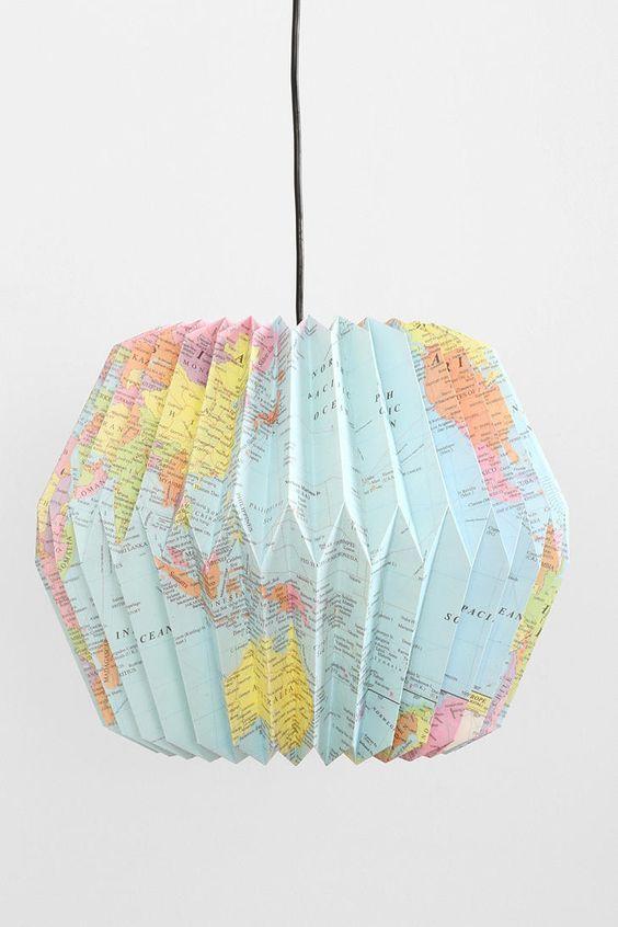 decoracao com mapas luminaria