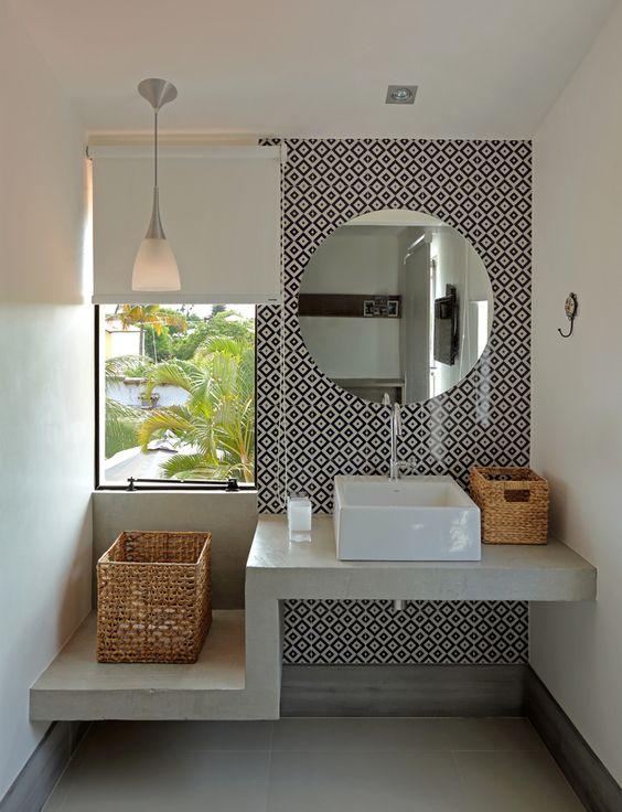 decoracao com papel de parede banheiro 12