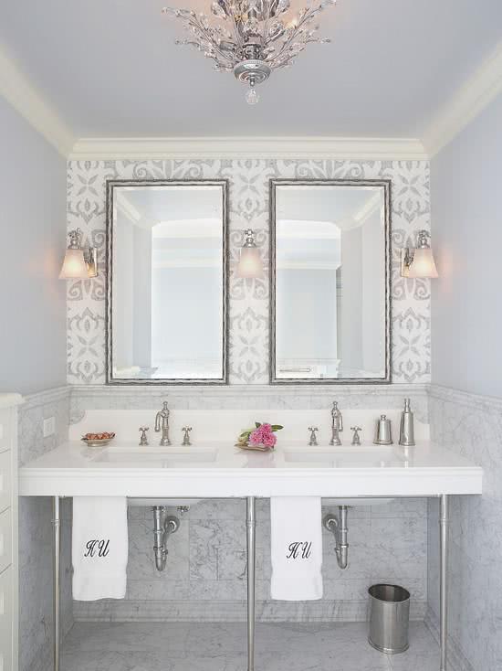 decoracao com papel de parede banheiro 8