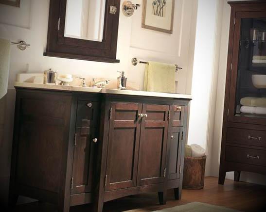 decoracao de banheiro com moveis antigos