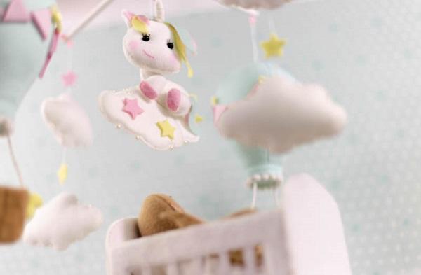 decoracao feltro quarto infantil mobile unicornio