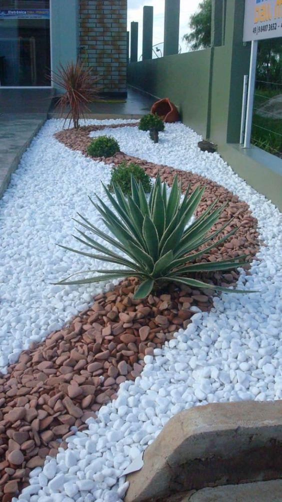 decoracao jardim externo pedras