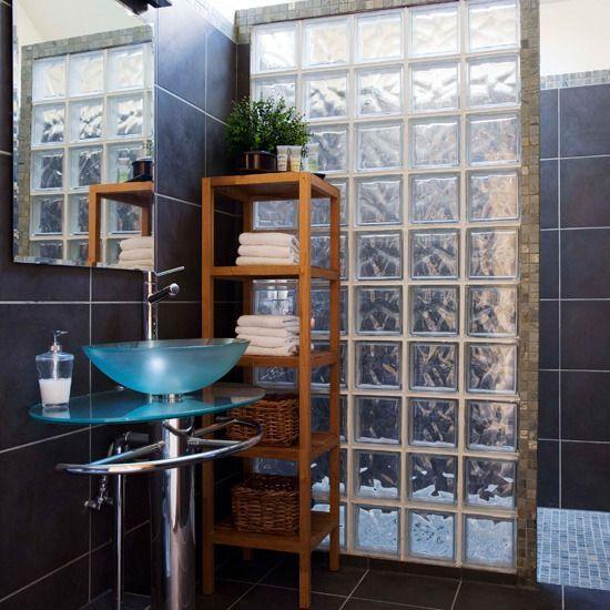decoracao tijolo vidro banheiro