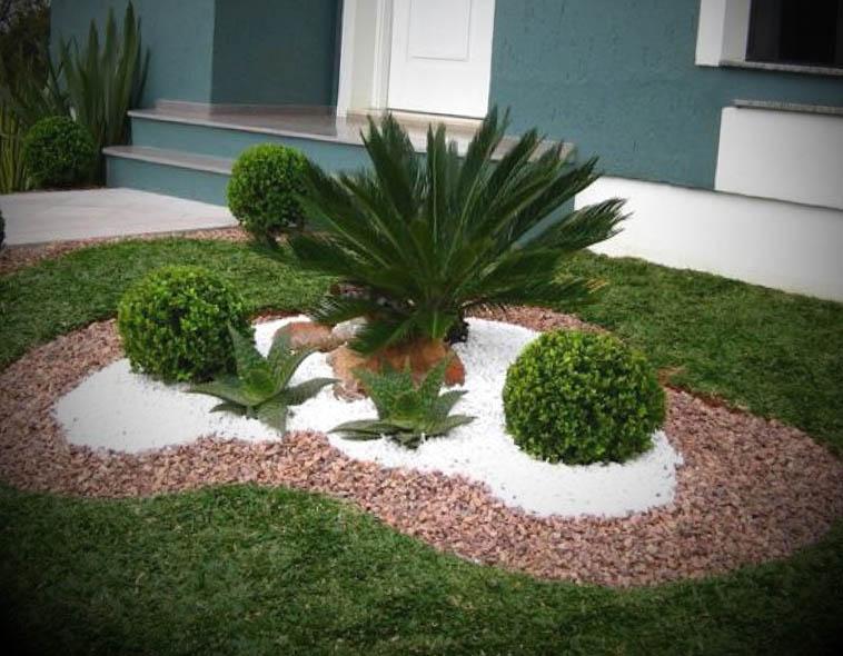 fachada decorada com jardim