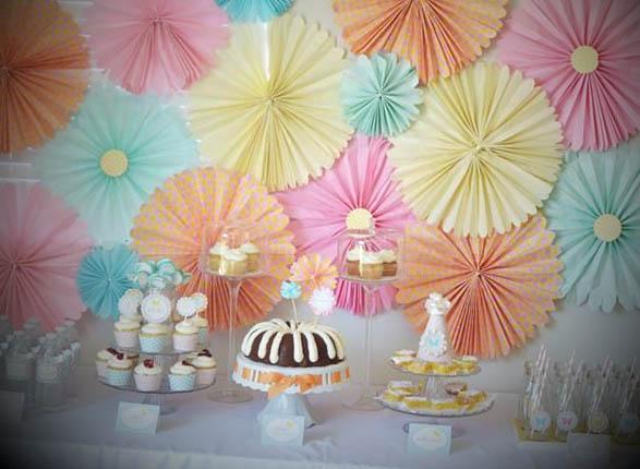 festa-decorada-com-papel-de-seda