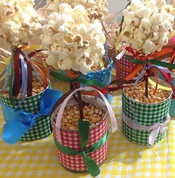 latas decoradas festa junina pipocas