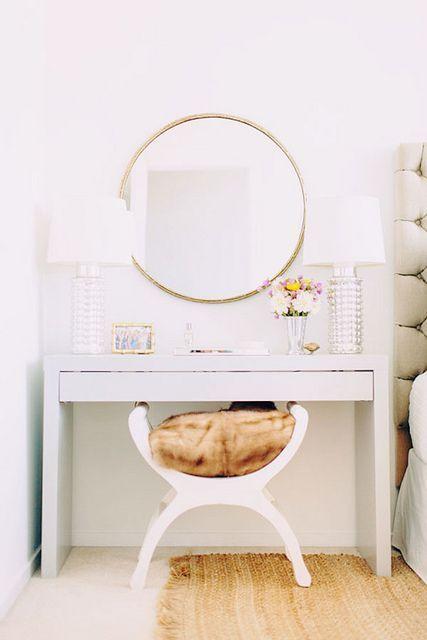 mesa maquiagem quarto 1