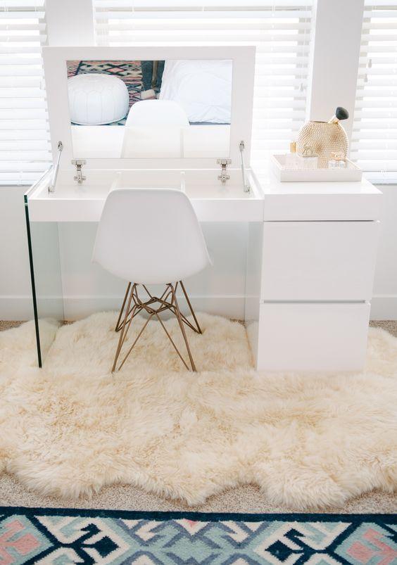 mesa maquiagem quarto 2