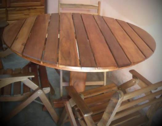 mesas de madeira redondas