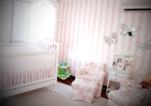 papel de parede para quarto de bebê feminino listrado