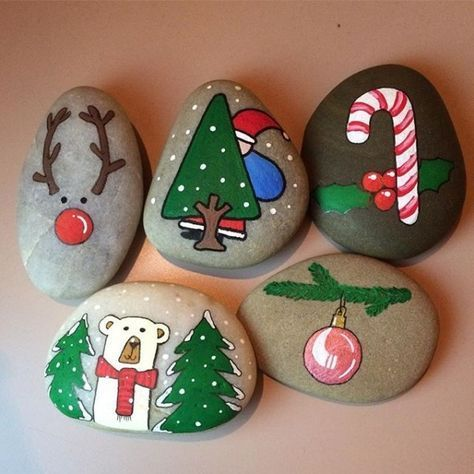 pedras decoradas pintadas natal arvore