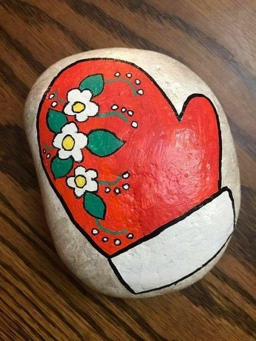 pedras decoradas pintadas natal luva