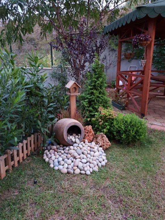 pedras decorativas jardim criativas