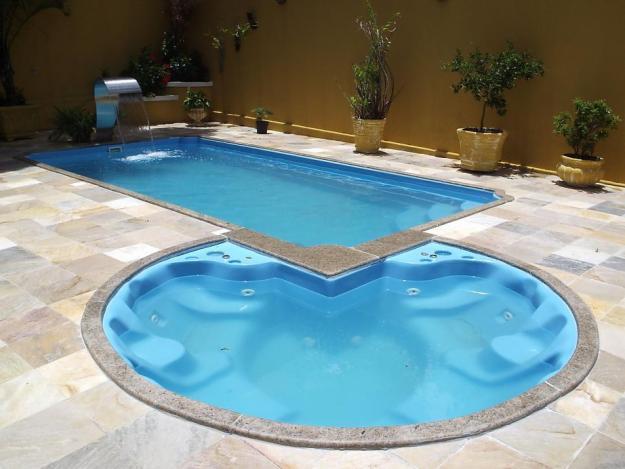 piscina de fibra dois modelos