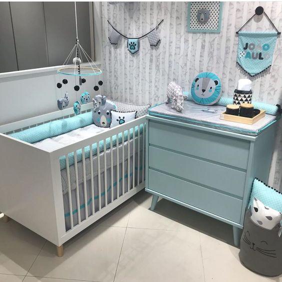 quarto bebe pequeno azul
