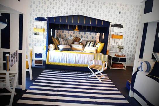 quarto com listras decoradas