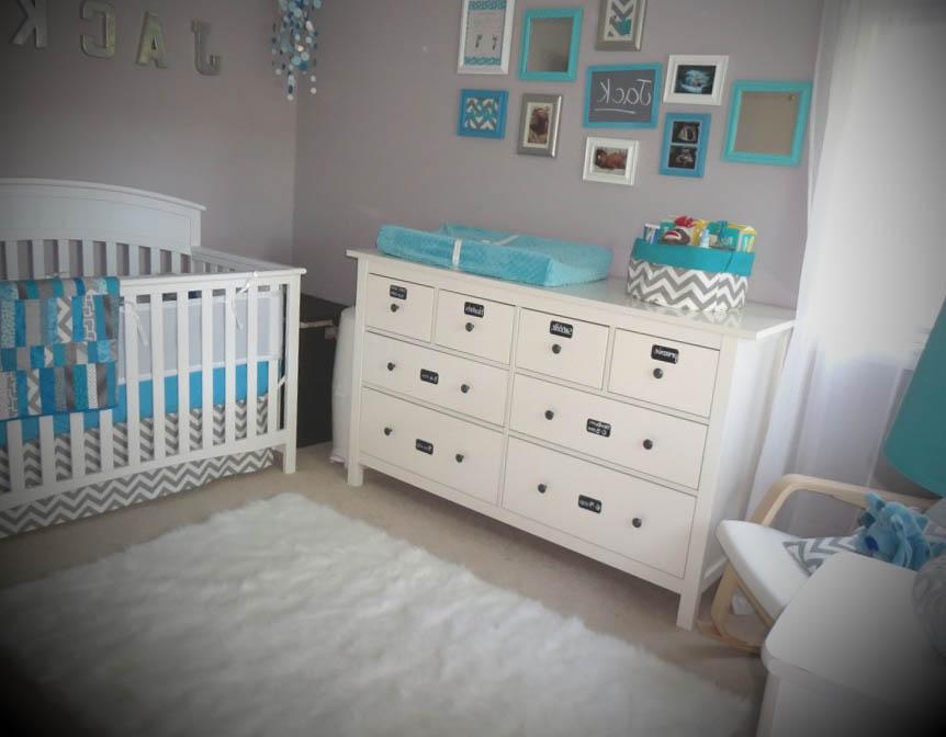 quarto de bebe simples decorado