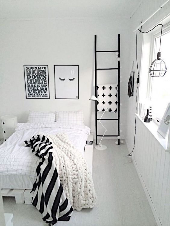 quarto minimalista pequeno branco