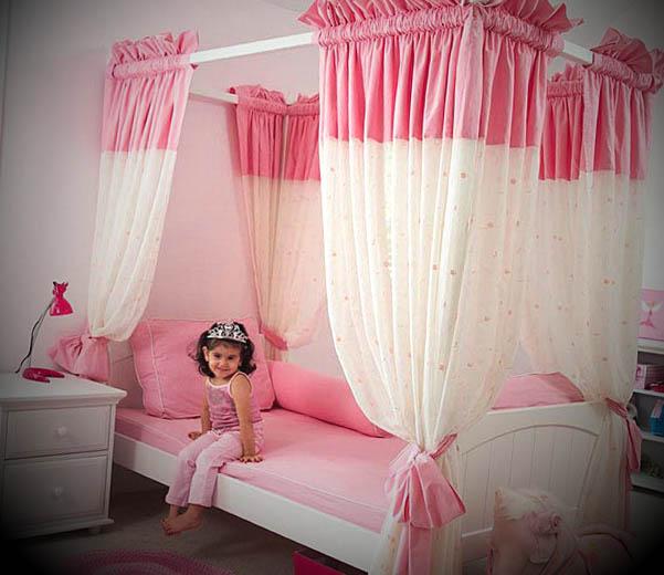 quarto simples da barbie