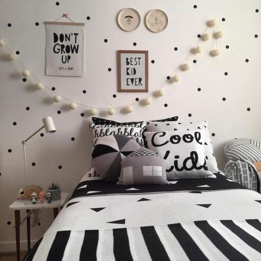 quarto tumblr preto branco pisca pica
