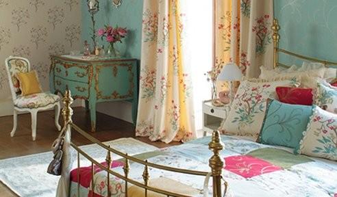 quartos femininas coloridos