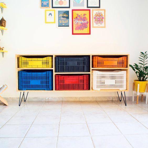 rack ccaixotes coloridos plástico