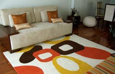 tapetes coloridos para sala modelos