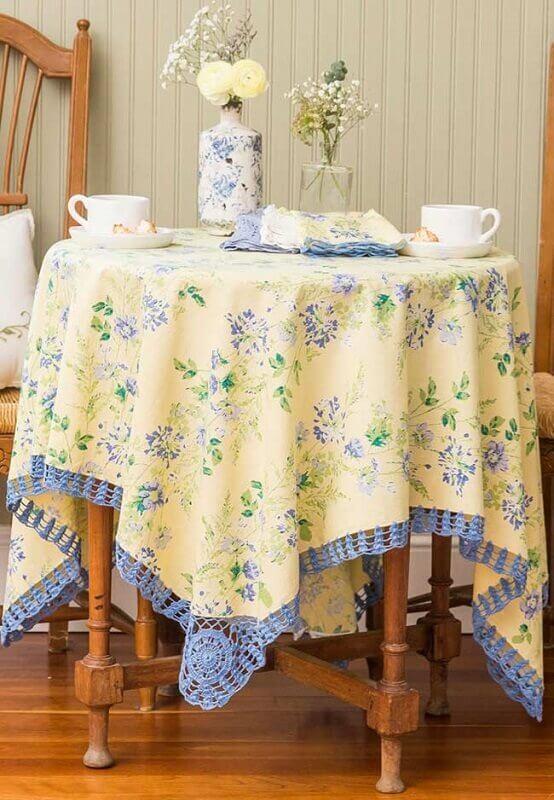 toalha de mesa borda croche 1