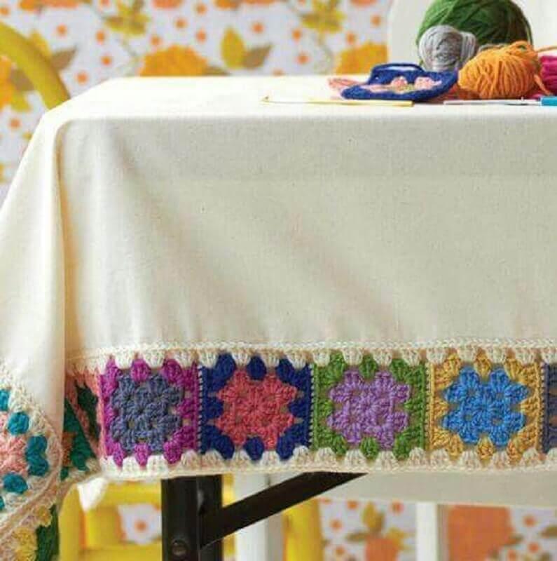 toalha de mesa borda croche 2